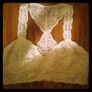 *NWOT* Free People Intimately Lace Bra Size L